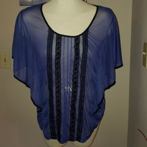 MAURICES flowy top size XL